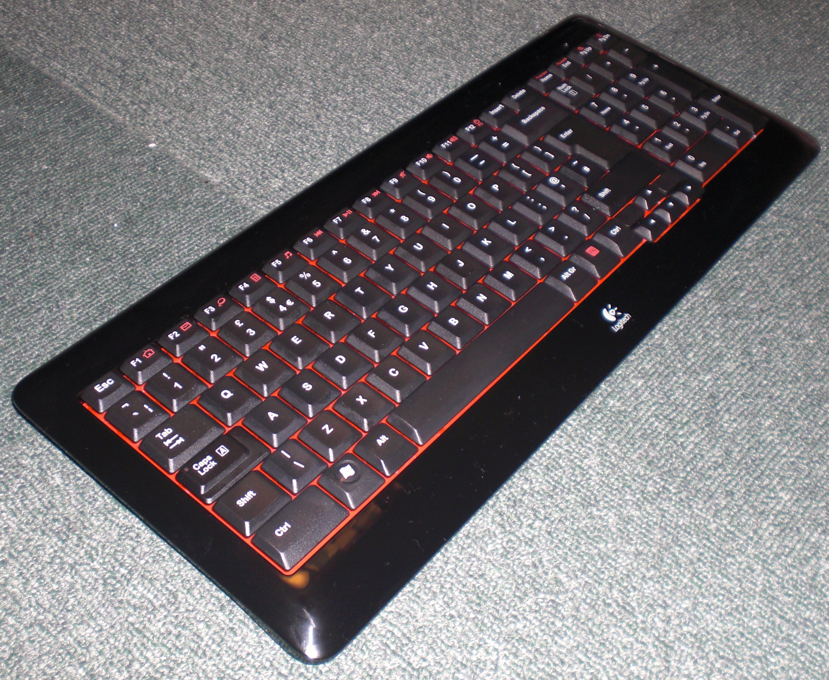 logitech k340 wireless keyboard review purplezest 39 s blog. Black Bedroom Furniture Sets. Home Design Ideas